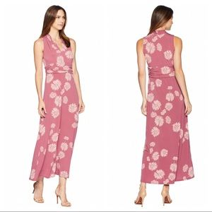 Vince Camuto Sleeveless Floral Maxi Size XL
